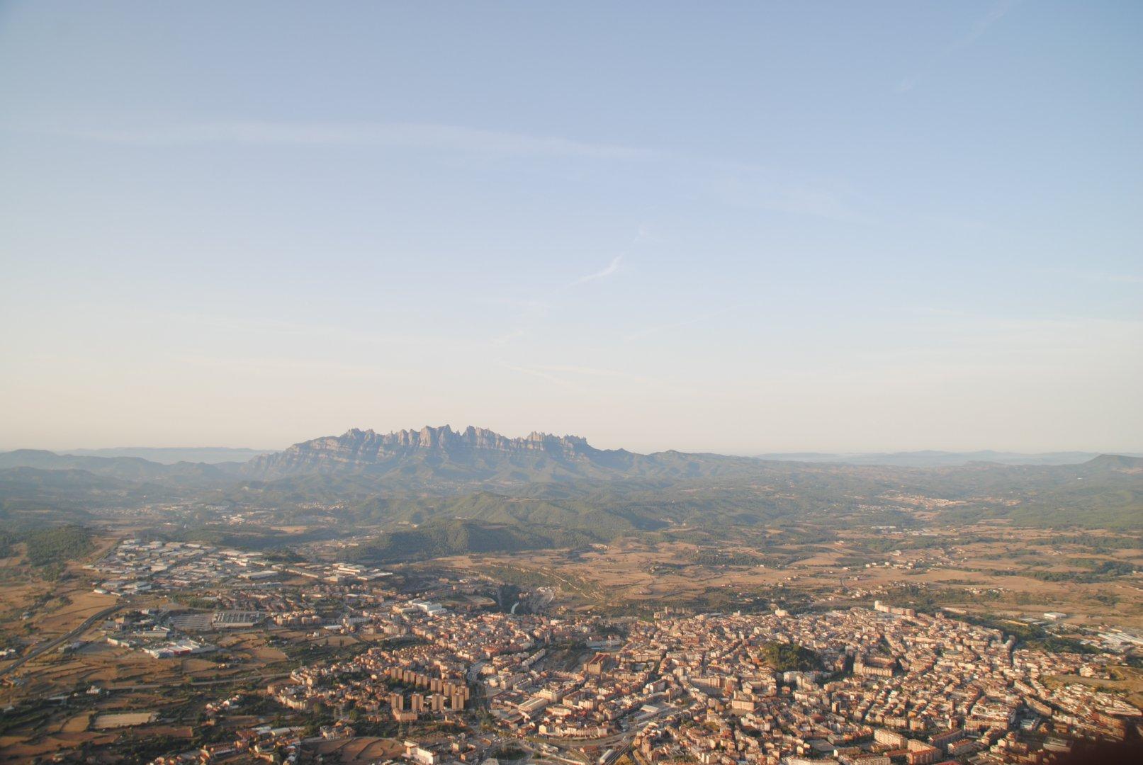 Vol en globus vistes a Montserrat
